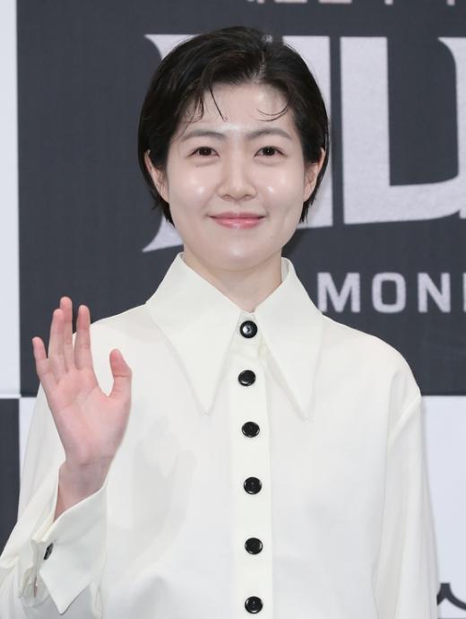 배우 심은경이 일본 아카데미 여우주연상 수상 소감을 밝혔다. /사진=뉴스1