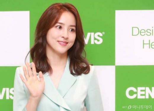 홍보대사 계약을 위반했다는 이유로 피소된 배우 한혜진이 항소심에서 무죄 판결을 받았다. /사진=머니투데이