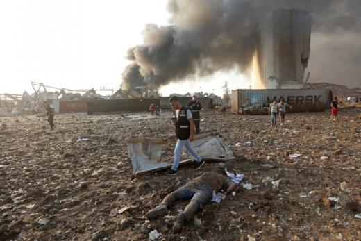 [속보] 레바논 베이루트 폭발사고 사망자 100명 넘어서