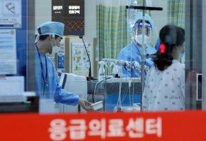 의사수 증원 빨라야 2028년 이후… 의과대는 '찬성'