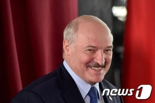 알렉산드르 루카셴코 벨라루스 대통령이 장기집권을 위한 카드로 '헌법개정'을 꺼내들었다./ 사진=뉴스1
