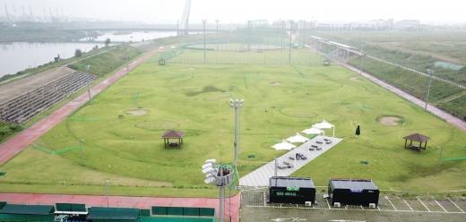 청라 공촌유수지 체육시설 내에 있는 파크골프장 전경./사진제공=경제청