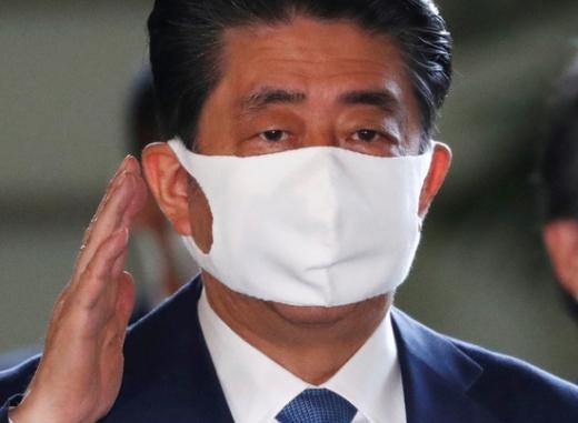 아베 신조 일본 총리가 최근 건강 악화를 이유로 사임 의사를 밝혔다. /사진=로이터