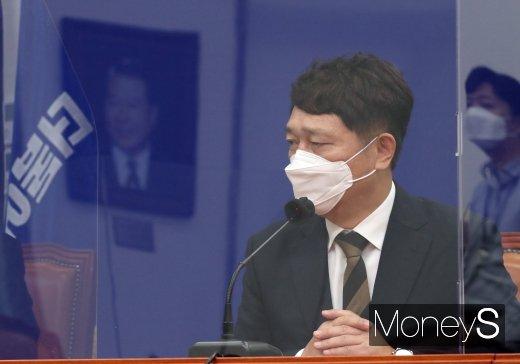 [머니S포토] 인사말 하는 최재성 청와대 정무수석