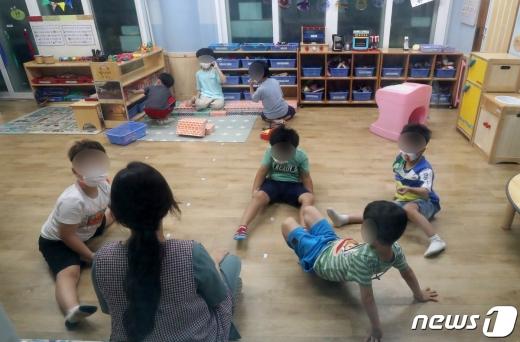 지난 2일 대전 서구의 어린이집에서 긴급돌봄교실이 운영되고 있다. /사진=뉴스1