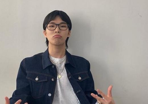 악동뮤지션 멤버 이찬혁(25)이 홍대 빌딩 건물주가 됐다. /사진=이찬혁 인스타그램