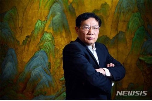 시진핑 중국 국가주석의 코로나 19(COVID-19) 바이러스 대응을 비판한 중국 부동산 업계 거물이 징역 18년형을 선고받았다./사진=뉴시스