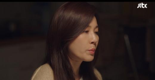 드라마 '18 어게인' 김하늘이 이혼을 결심한 이유는 남편 윤상현의 후회 때문이었다. /사진=JTBC 캡처