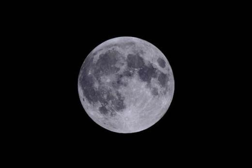 다음달 1일 추석 보름달이 뜨는 시각은 서울을 기준으로 오후 6시20분이다. /사진=한국천문연구원 제공