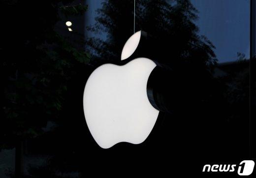 수수료·광고비 떼먹고 휴대폰 만들었나… 애플의 '이면'