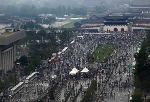 보수단체들이 지난 8월15일 서울 종로구 광화문 광장 주변에 대규모 집회를 열고 있다. /사진=뉴스1