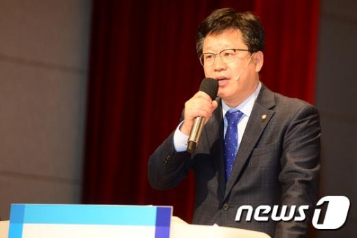 국회 환경노동위원회 소속 안호영 더불어민주당 의원이 6일 공개한 환경부 환경조사 보고서에 따르면 서울 소재 미군기지 4곳에서 발암물질이 검출됐다. /사진=뉴스1