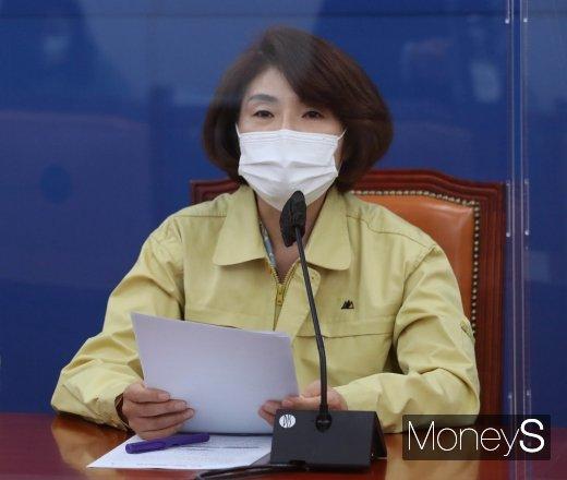한정애 더불어민주당 정책위의장은 6일 민주당 국정감사 대책회의에 참석했다. /사진=임한별 기자