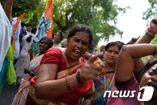 자신의 데이트를 방해한다는 이유로 여동생을 살해하는 사건이 인도에서 발생했다./사진=뉴스1