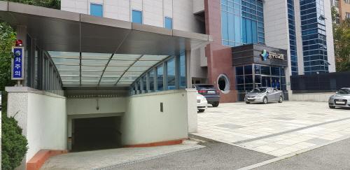 성남 판교 꿈꾸는교회 주차장 50면 지역 주민에게 무료 개방. / 사진제공=성남시