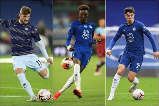 첼시는 기존의 태미 에이브러햄(가운데)에 더해 이번 여름이적시장에서 공격수 티모 베르너(왼쪽), 미드필더 카이 하베르츠(오른쪽)를 데려오며 경쟁력 있는 공격 조합을 완성시켰다. /사진=로이터