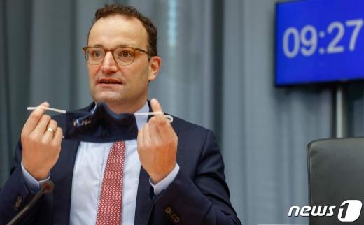 옌스 슈판 독일 보건부 장관. © AFP=뉴스1