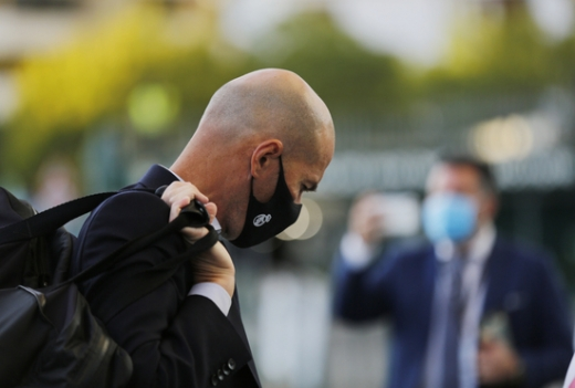 지네딘 지단 레알 마드리드 감독이 엘 클라시코를 앞두고 경질설에 휘말렸다. /사진=로이터