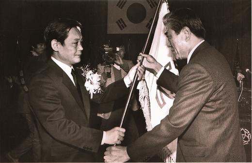 1987년 회장에 취임하는 이건희 삼성전자 회장. / 사진=삼성전자