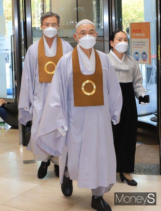 [머니S포토] 빈소 찾은 원불교 최고지도자인 전산 김주원 종법사