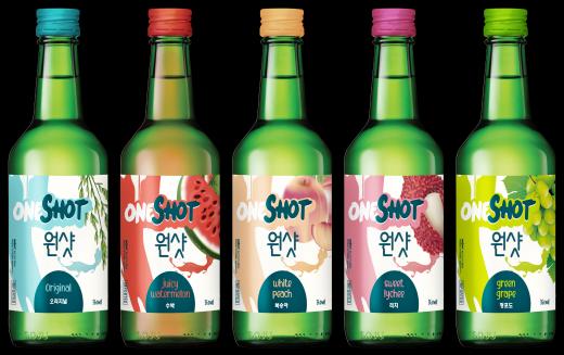 보해양조는 과일맛 주류를 좋아하는 싱가포르 소비자들을 위해 수출 전용 제품 '원샷소주'를 만들었다/사진=보해양조 제공.