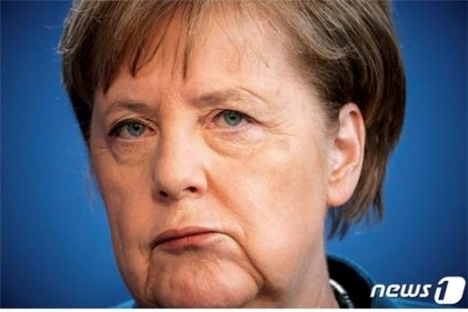 앙겔라 메르켈 독일 총리가 코로나19 특단조치를 꺼내 들었다./사진=로이터