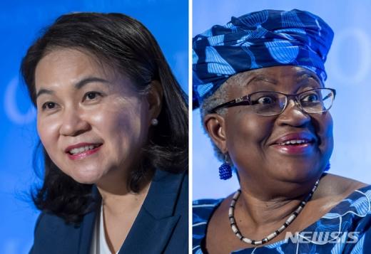 """청와대가 세계무역기구(WTO) 사무총장 선출을 위한 회원국 선호도 조사에서 나이지리아 응고지 오콘조이웨알라 후보가 유명희 통상교섭본부장에게 앞섰다는 외신보도는 """"일방적 주장""""이라고 밝혔다. /사진=뉴시스"""
