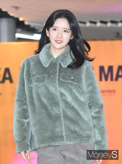 [머니S포토] 우주소녀 엑시 '한도 초과 미모'