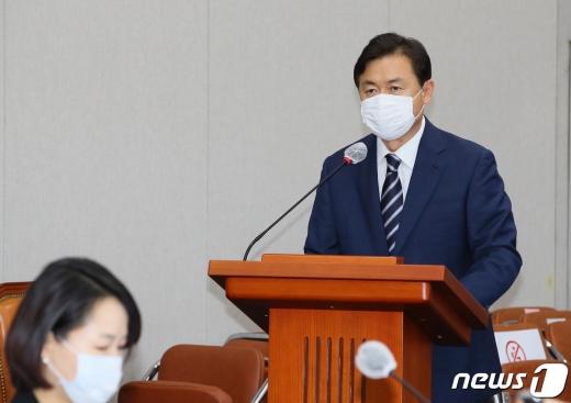 김영춘 국회 사무총장  2020.8.25/뉴스1 © News1 박세연 기자