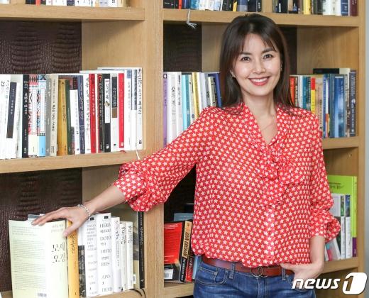 [사진] '청춘기록' 신애라 '여전히 아름다운 그녀'