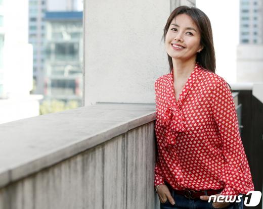 [사진] '청춘기록' 신애라 '아름다운 미소'