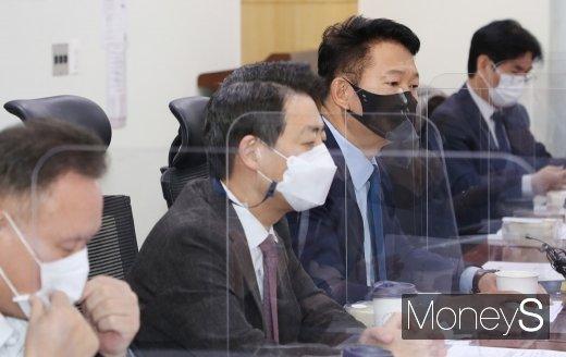 [머니S포토] 민주당 외통위 당정, 발언하는 송영길 위원장