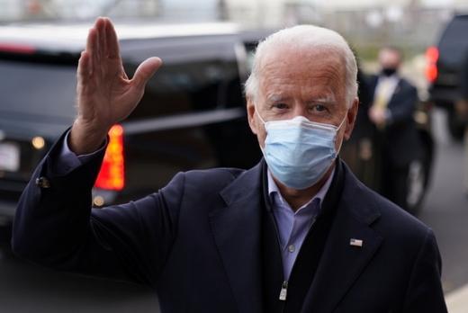미국 대통령 선거를 하루 앞둔 지난 3일 조 바이든 민주당 후보 당선 가능성이 커지자 배터리(2차 전지) 관련 종목이 '바이든 관련주'라고 불리며 일제히 상승했다. /사진=로이터