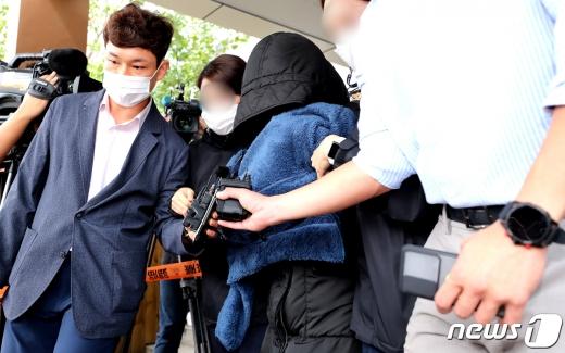 지난 9월 청와대 국민청원까지 올라 사회적 공분을 일으켰던 '인천 을왕리 음주운전 사망사고'와 관련해 검찰은 동승자가 음주운전을 방조한 것이 아니라 적극 교사한 것으로 판단한다고 4일 밝혔다. /사진=뉴스1