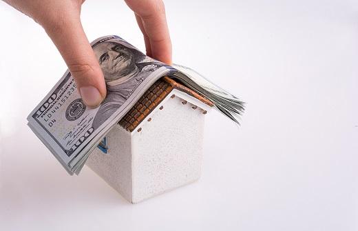 집값 거품에 대한 우려가 현실화되고 매매를 대체하는 전세수요가 폭증하며 매매가 대비 전세가 비율(전세가율)도 무서운 속도로 상승했다. /사진=이미지투데이