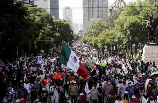 멕시코에서 몰몬교 여성 3명을 살해하고 아이 8명을 다치게 한 혐의를 받고 있는 유력한 용의자가 지난 5일 체포됐다. 사진은 해당 내용과 무관. /사진=로이터