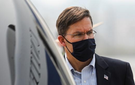 마크 에스퍼 미 국방장관이 대선 이후 개각에 대비해 미리 사표를 준비했다는 보도가 나왔다. /사진=로이터