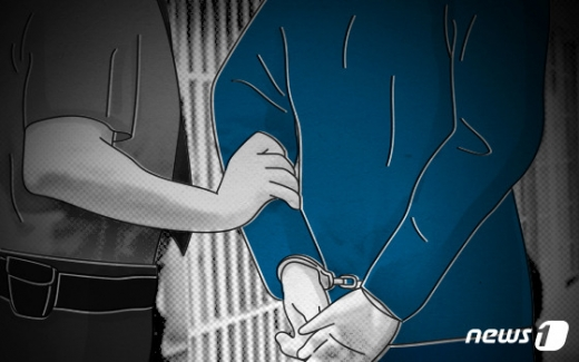 아동 성폭행범 조두순의 출소를 한달 앞두고 피해를 당한 아동의 가족이 결국 이사를 결정했다. /디자인=뉴스1