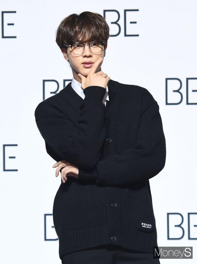 [머니S포토] 방탄소년단(BTS) 진 '조각 미남'