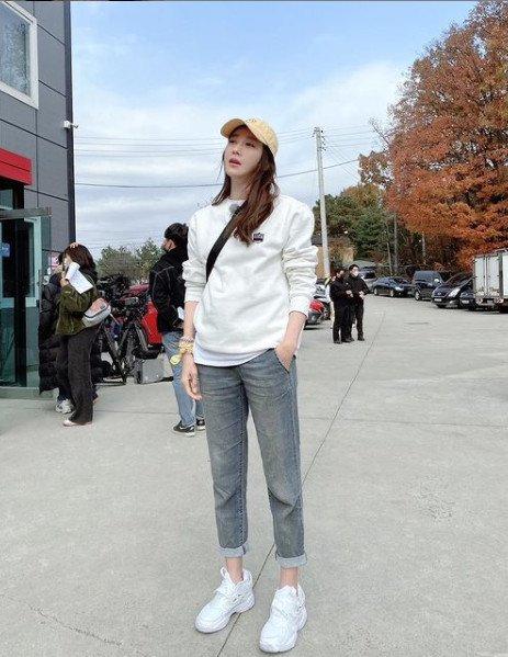 배우 이지아가 예능 '런닝맨' 출연 이후 신비주의 이미지를 타파하고 좋은 반응을 얻고 있다. /사진=이지아 인스타그램