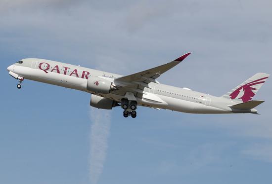 지난 2019년 9월27일(현지시간) 카타르항공 항공기가 이륙하고 있다. /사진=로이터