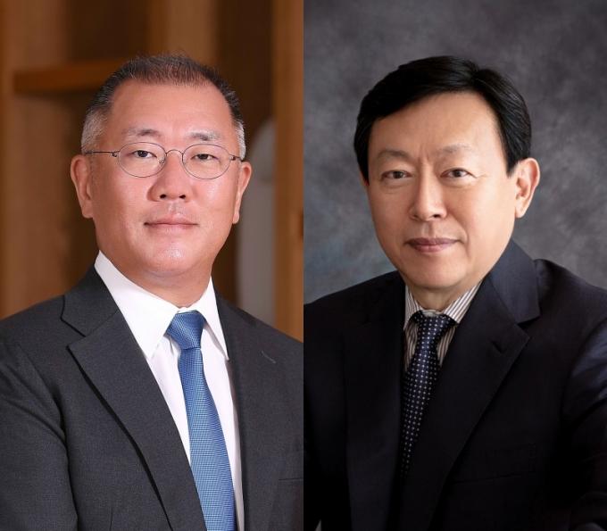 정의선 현대자동차그룹 회장(왼쪽)과 신동빈 롯데그룹 회장이 미래 자동차 분야의 협력을 논의하기 위해 회동을 가졌다. /사진=각 사