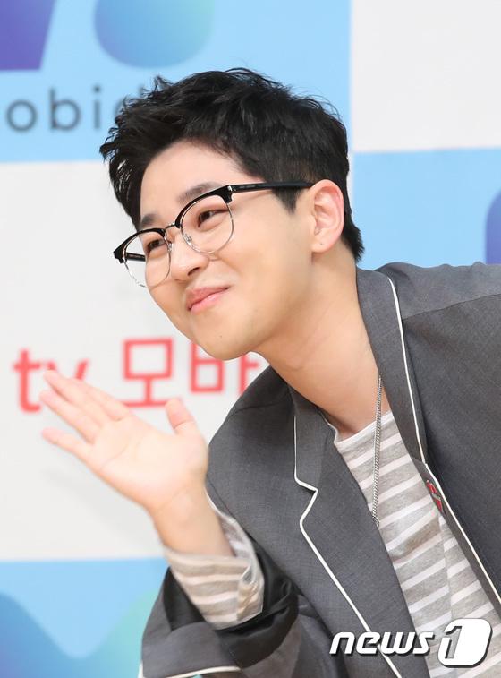 '철파엠'에 출연한 딘딘이 신곡 발매에 대해 언급했다. /사진=뉴스1
