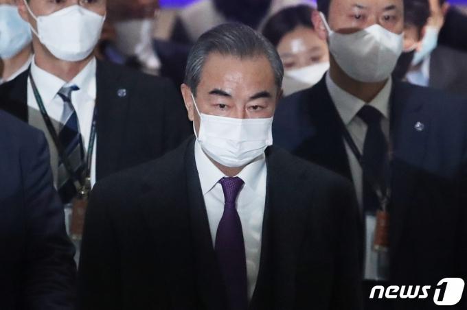 왕이 중국 국무위원 겸 외교부장이 27일 국회에서 박병석 국회의장을 예방한다. /사진=뉴스1