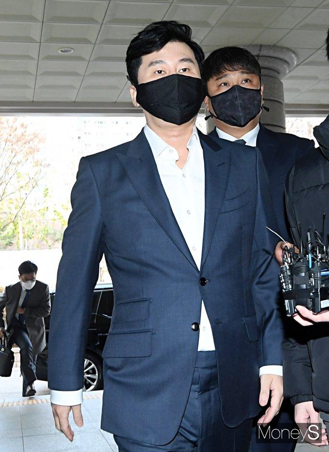[머니S포토] 양현석, 원정도박 혐의 선고공판 출석