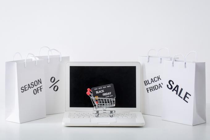 미국 최대 쇼핑 성수기인 '블랙프라이데이'가 27일 오후 2시부터 시작됐다./사진=이미지투데이
