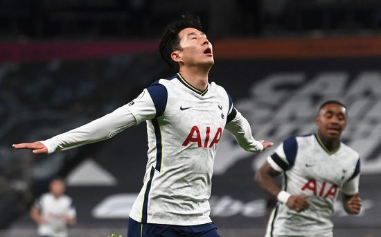 토트넘 홋스퍼 공격수 손흥민이 지난 22일(한국시간) 영국 런던의 토트넘 홋스퍼 스타디움에서 열린 2020-2021 잉글랜드 프리미어리그 9라운드 맨체스터 시티전에서 득점에 성공한 뒤 기뻐하고 있다. /사진=로이터