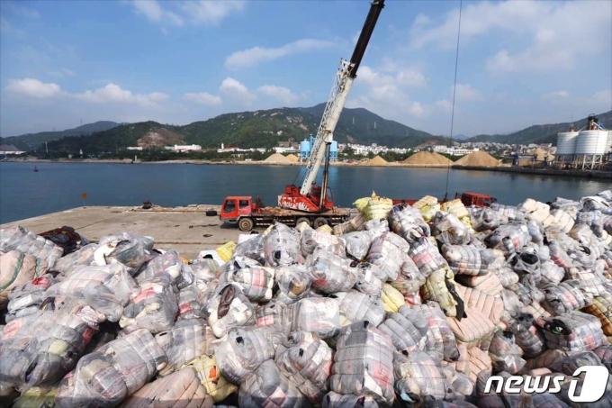 중국의 쓰레기 재활용 © AFP=뉴스1