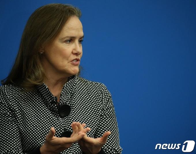 조 바이든 행정부 초대 국방장관으로 유력하게 꼽히는 미셸 플러노이 전 국방차관. © AFP=뉴스1