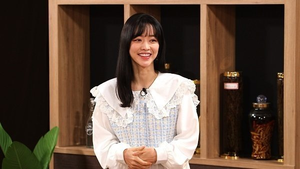 배우 홍수아가 더이상 성형을 하지 않겠다고 선언해 이목이 집중됐다. /사진=SBS플러스 제공